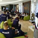 Briefing avec l'équipe de France à l'hotel ROMA