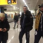 Samy et Faycale à l'aéroport